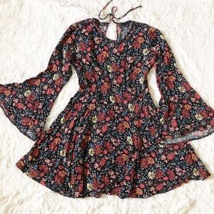 American Eagle Flowy floral babydoll boho dress
